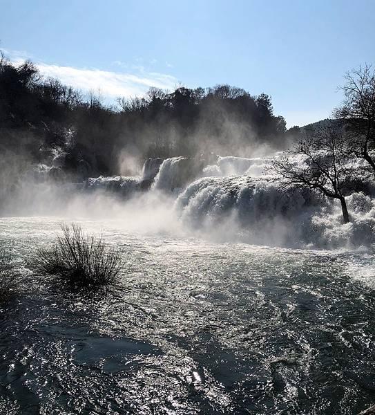 科卡公園的大瀑布3.png.JPG