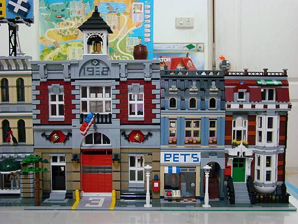 LEGO-10218PETS及10197消防局-3.JPG