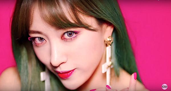 pink-makeup-15.png