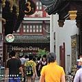 上海豫園老街商圈 (15).JPG