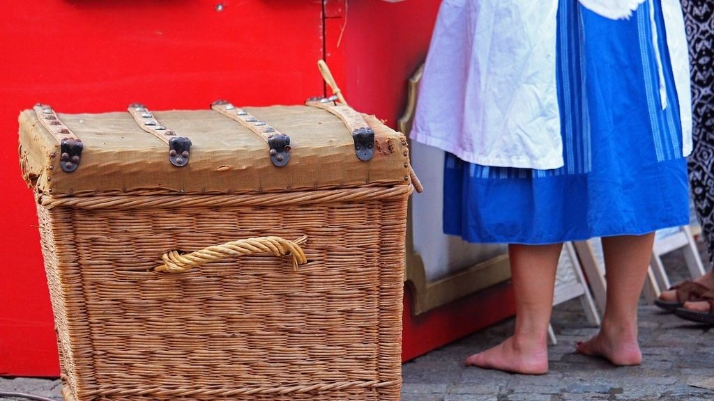 pixabay-laundry-basket-4521001_1280.jpg