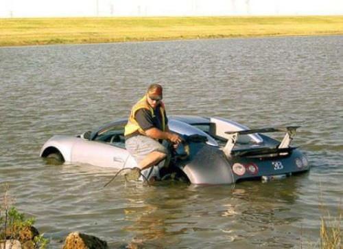 funny-stupid-crazy-photos-sport-car-driver-fail