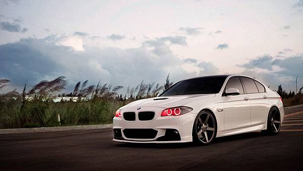 bmw-5-series-tuning-red-angel-eyes-wide-hd-wallpaper