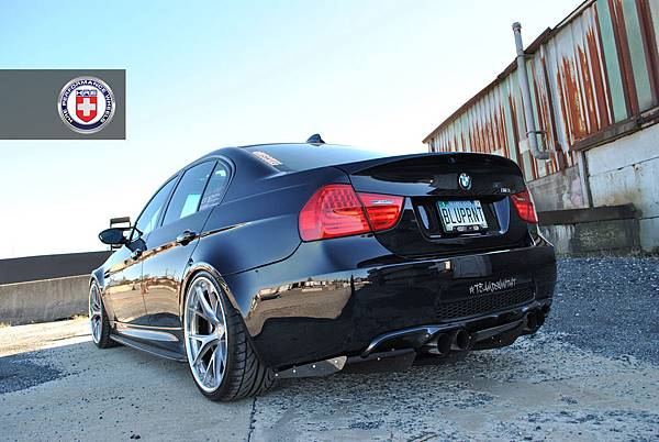 black-bmw-e90-m3-on-hres-is-simply-beautiful-photo-gallery_1