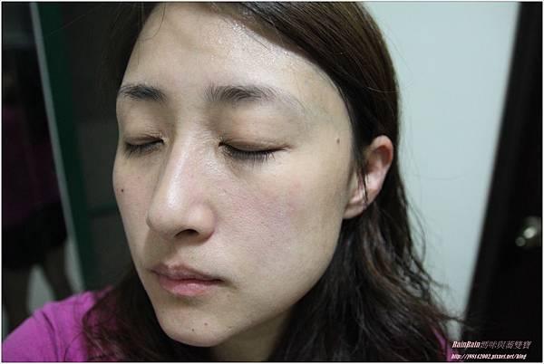 芝研植萃皇后薏仁化妝水4.JPG