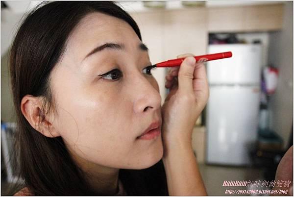 VANCE眼線液9.JPG