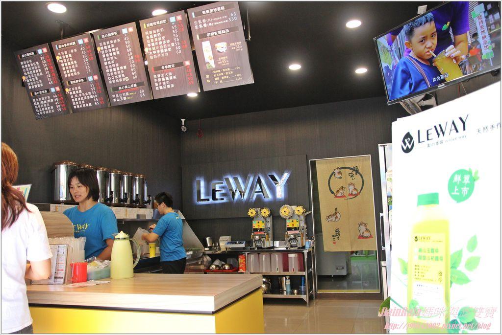 LEWAY4.JPG