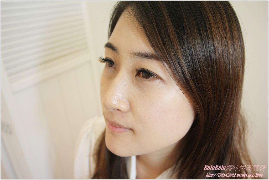 水女孩美睫27.JPG