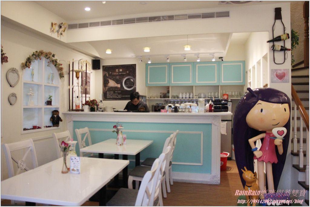 oyami cafe4.JPG