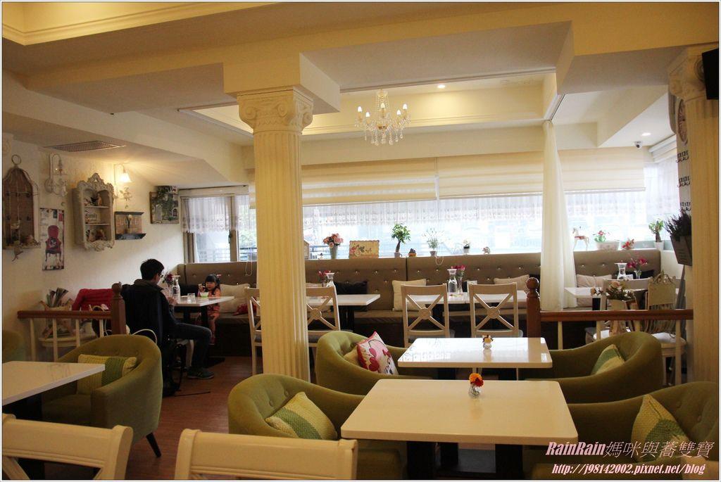 oyami cafe12.JPG