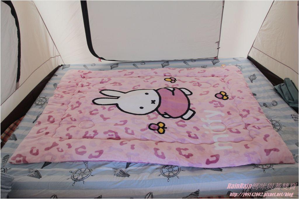 米菲兔暖暖被5.JPG