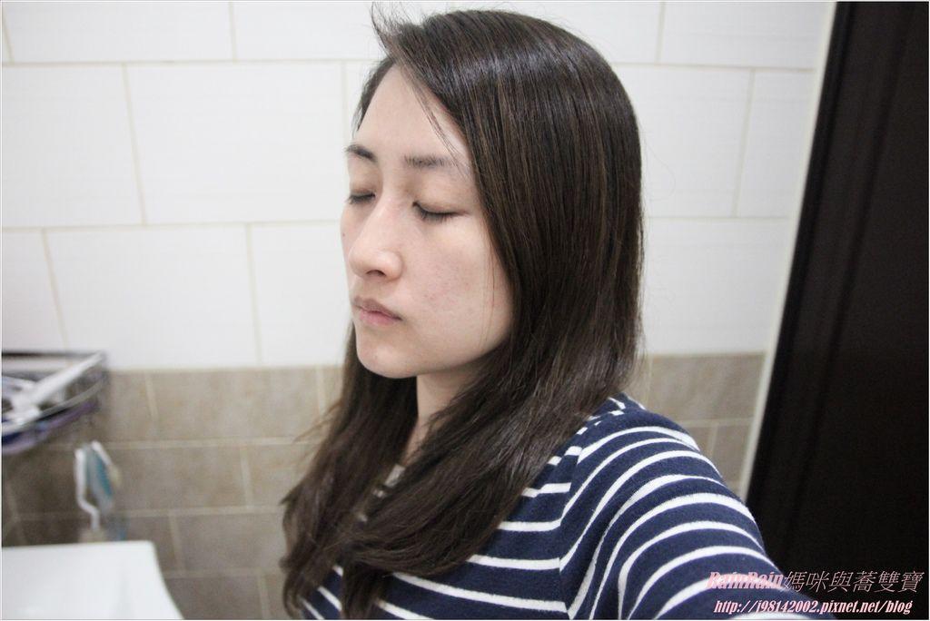 arin氧潤護色水漾洗髮精14.JPG