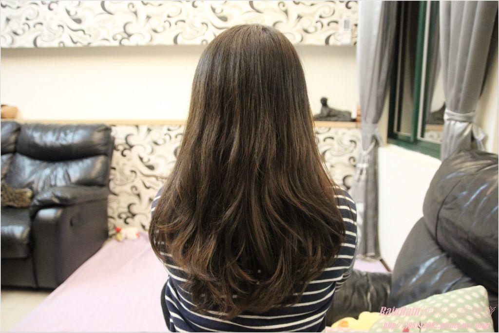 arin氧潤護色水漾洗髮精15.JPG