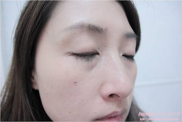 NAF眼線膠筆13.JPG
