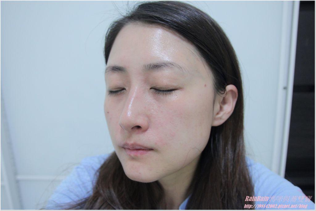 IOMA精華乳14.JPG