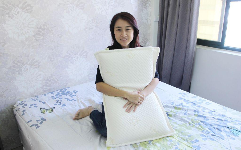 格蕾莎熟眠記形枕27.JPG