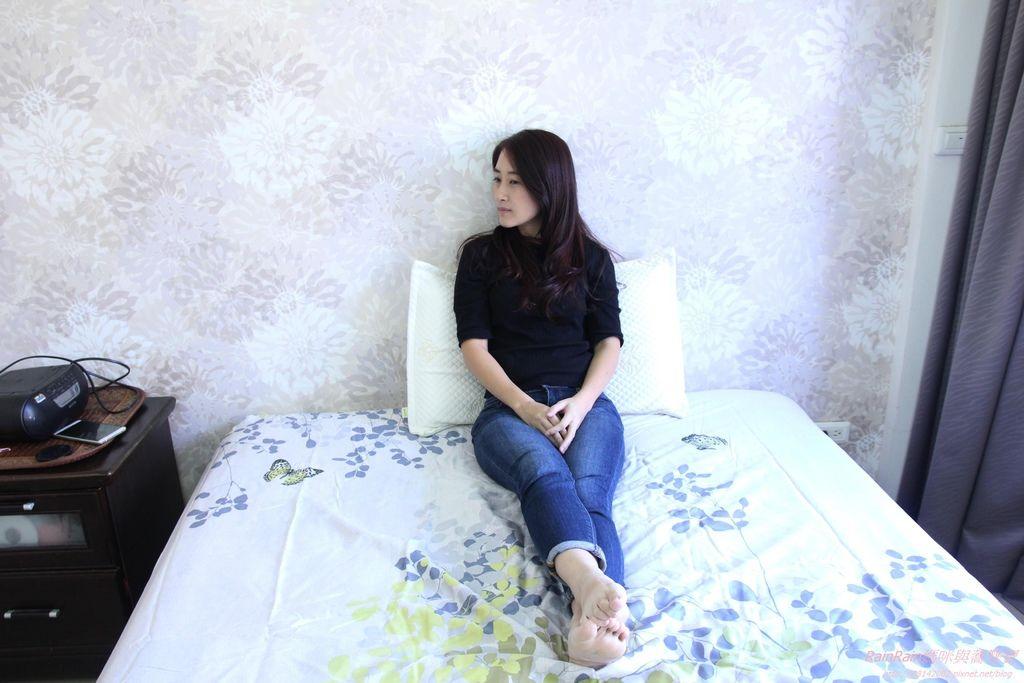 格蕾莎熟眠記形枕24.JPG