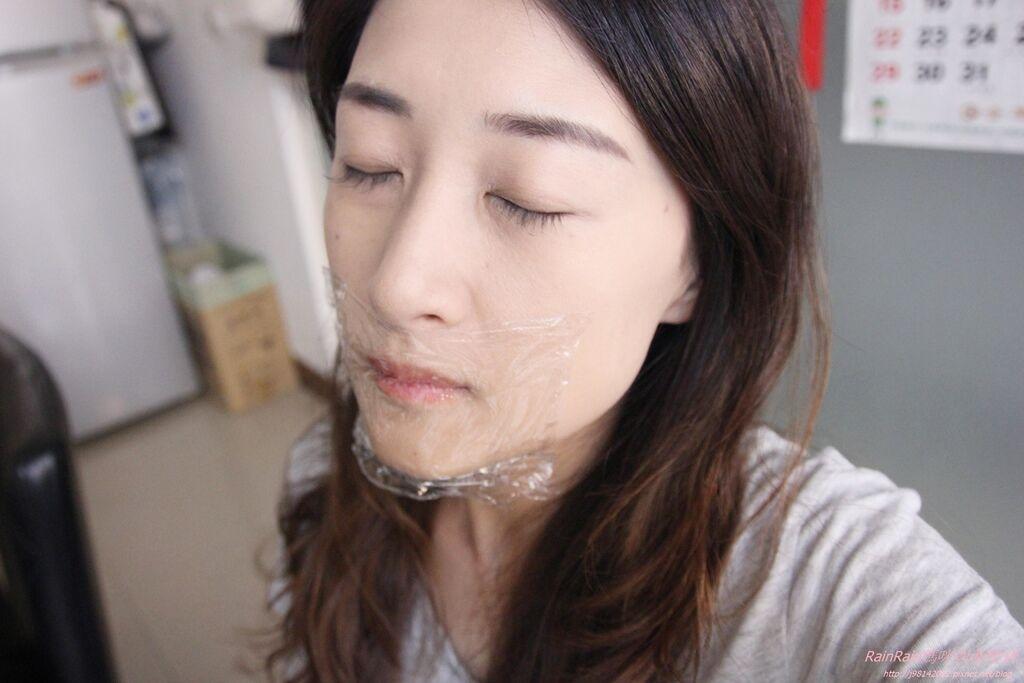 傳奇今生紅櫻桃唇膏12.JPG