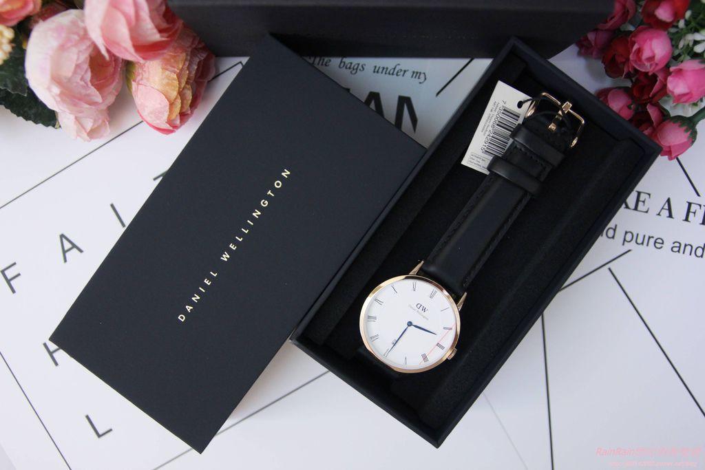 DW手錶2.JPG