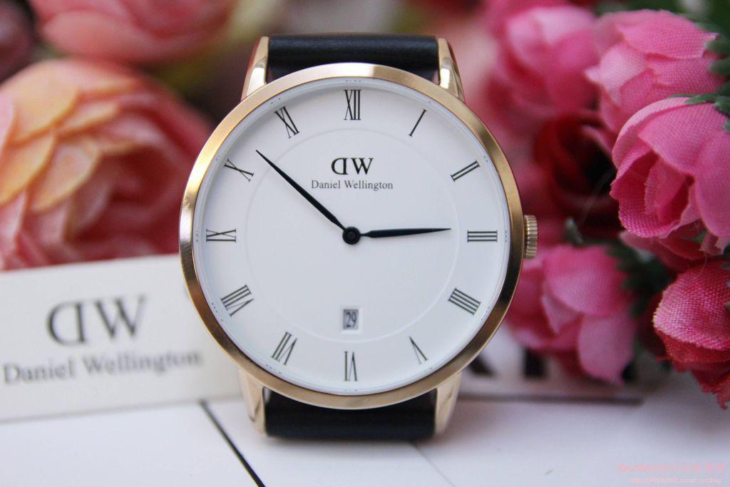 DW手錶10.JPG