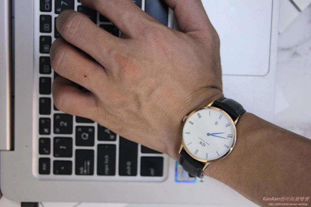 DW手錶12.JPG