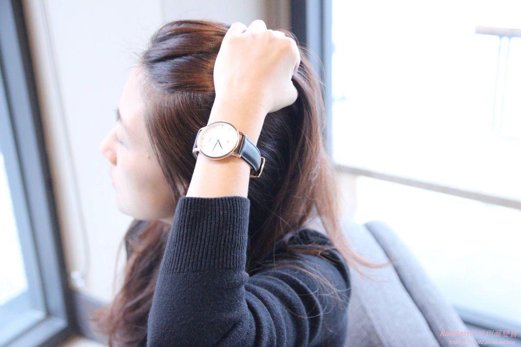 DW手錶19.JPG