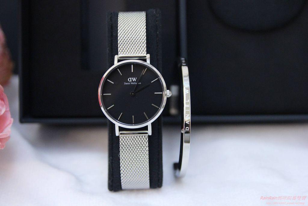 DW手錶3.JPG