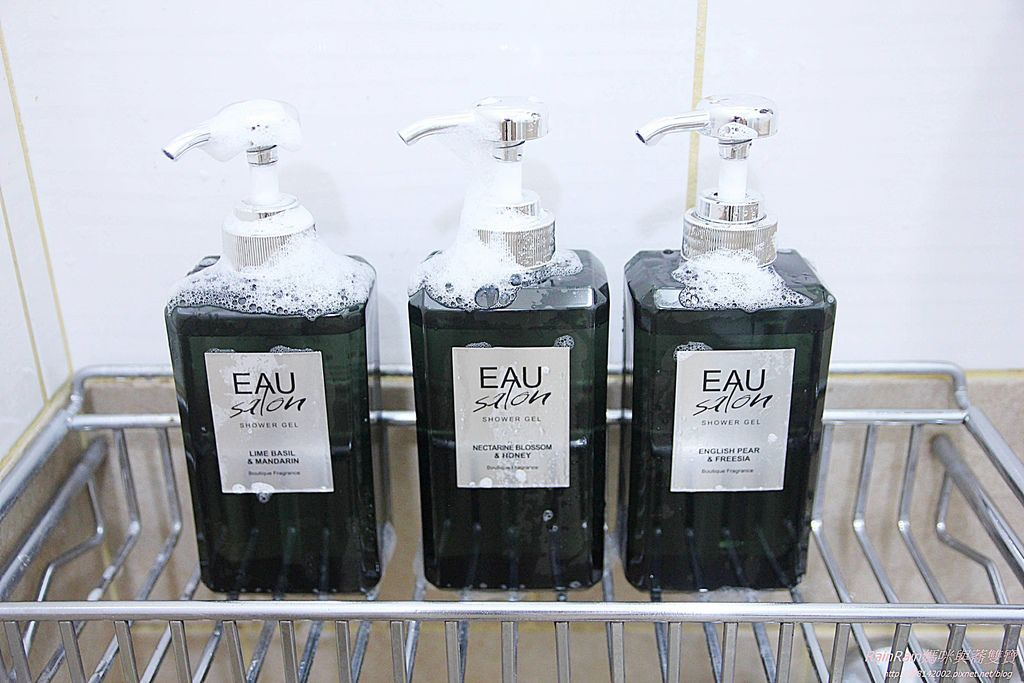 EAU Salon18.JPG