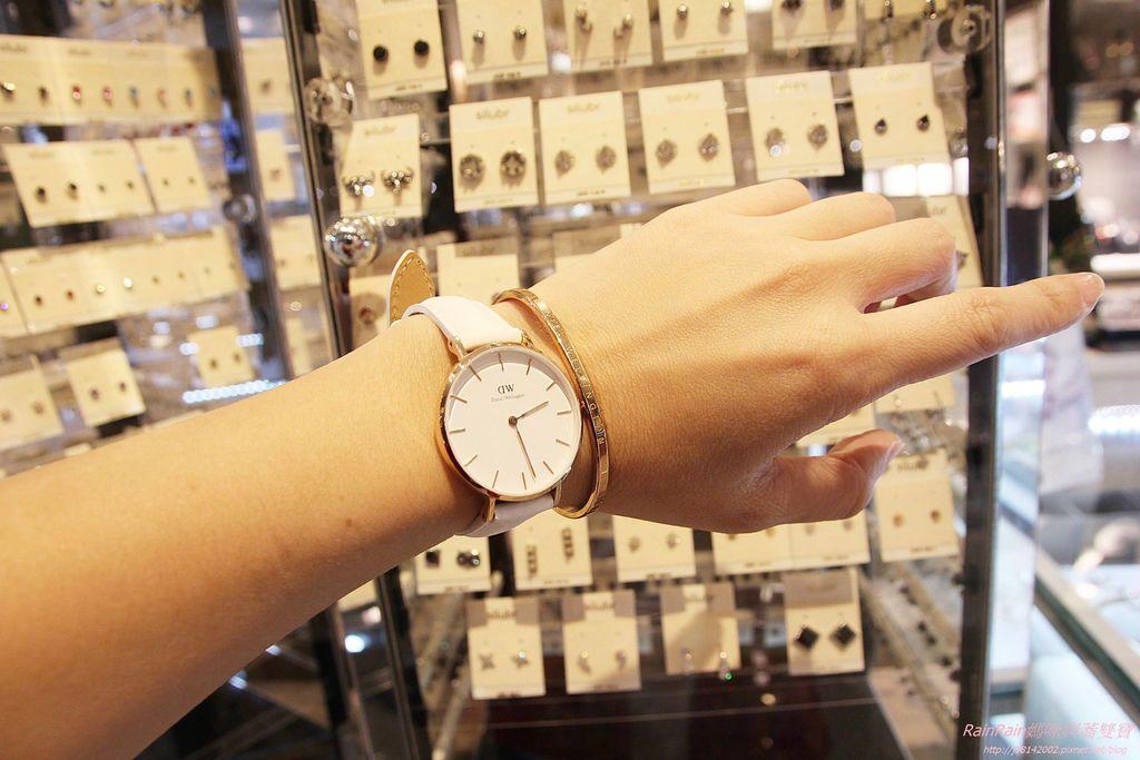 DW手錶8.JPG