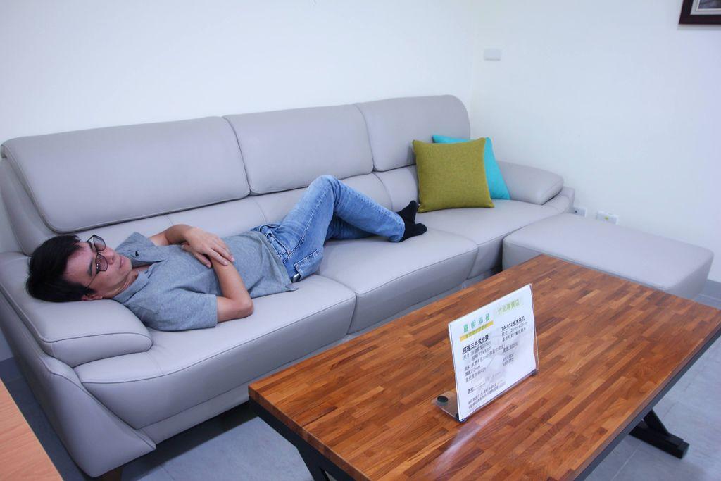 喜悅沙發12-1.JPG