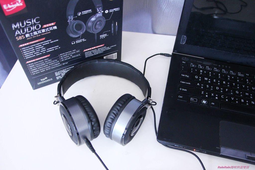 中景科技耳罩式耳機007.JPG