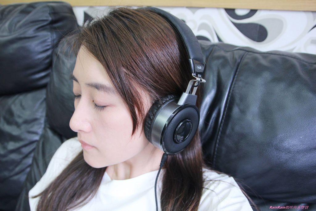 中景科技耳罩式耳機014.JPG