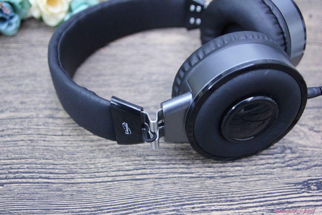 中景科技耳罩式耳機019.JPG