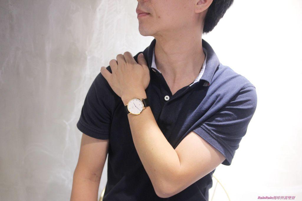 DW手錶7-1.JPG