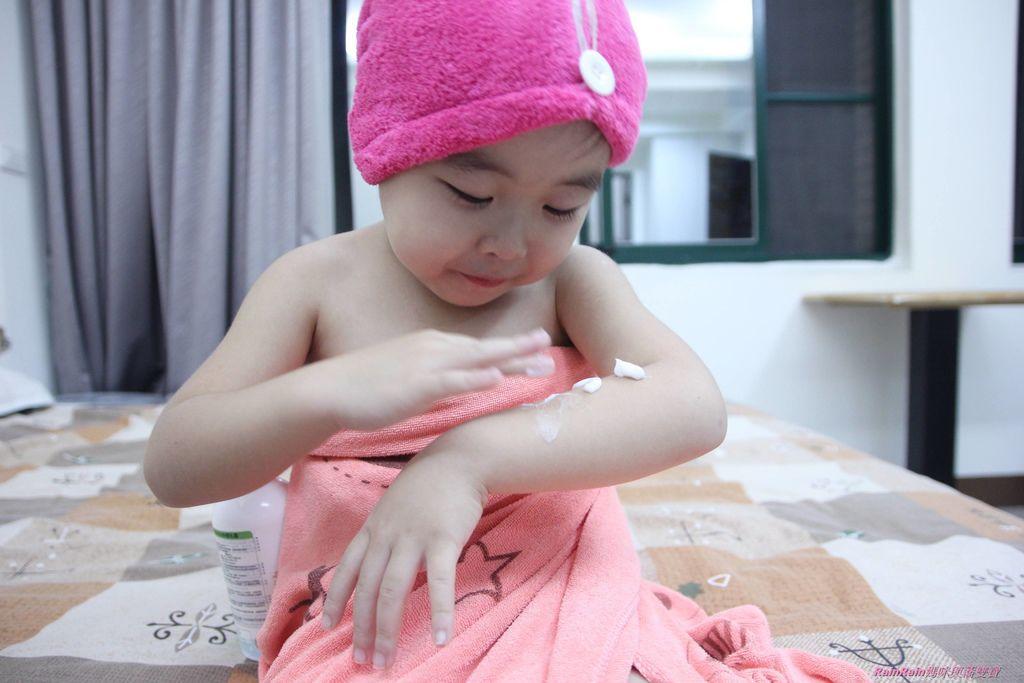 HH沐浴乳乳液12-2.JPG