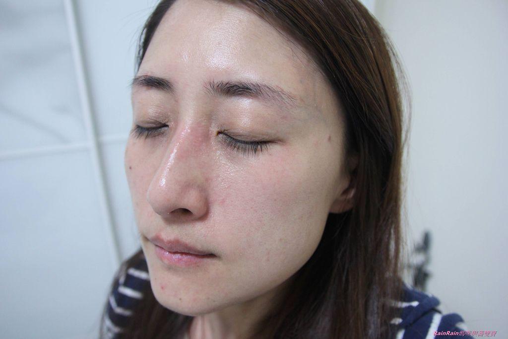 DermEden全面修護乳18.JPG