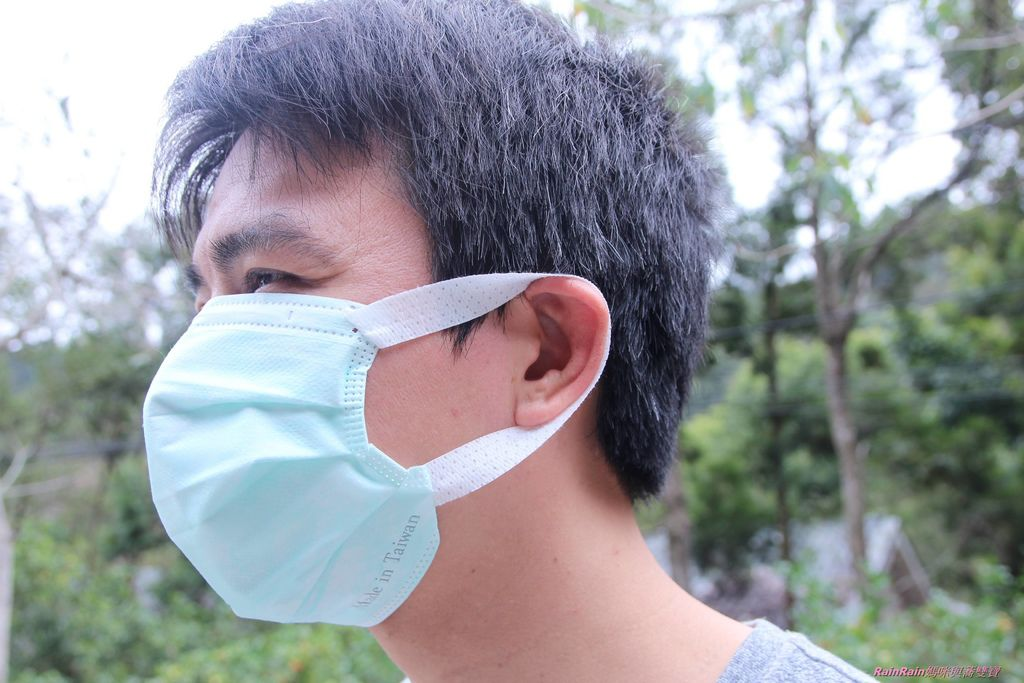 康乃馨PM2.5 Z摺口罩5-20.JPG