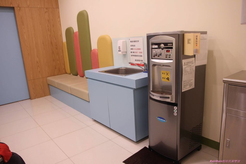 湳雅廣場親子百貨068.JPG