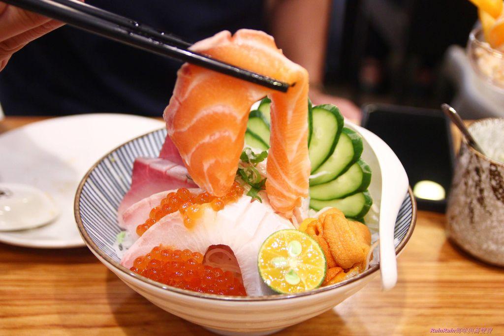 東街日式料理12-2.JPG