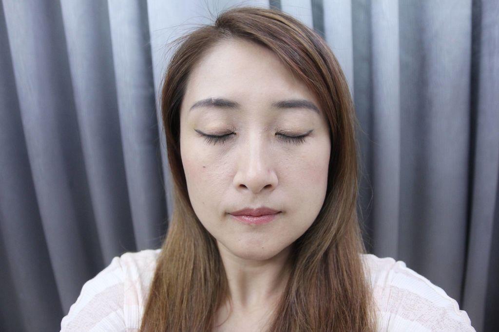 UNNY CLUB濟州島礦物質卸妝水韓國熱銷11.JPG