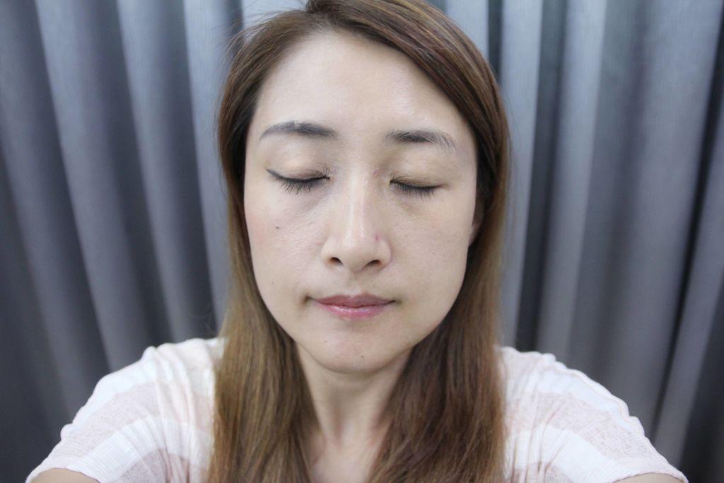 UNNY CLUB濟州島礦物質卸妝水韓國熱銷15.JPG