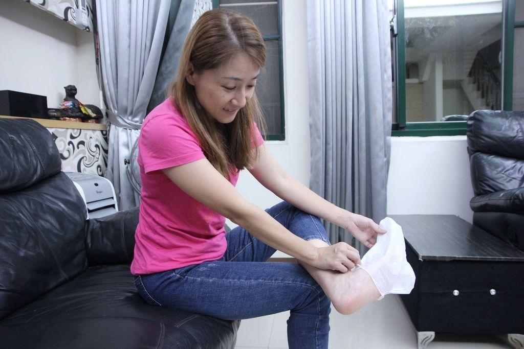 Tal蒂愛麗修護足膜15.JPG