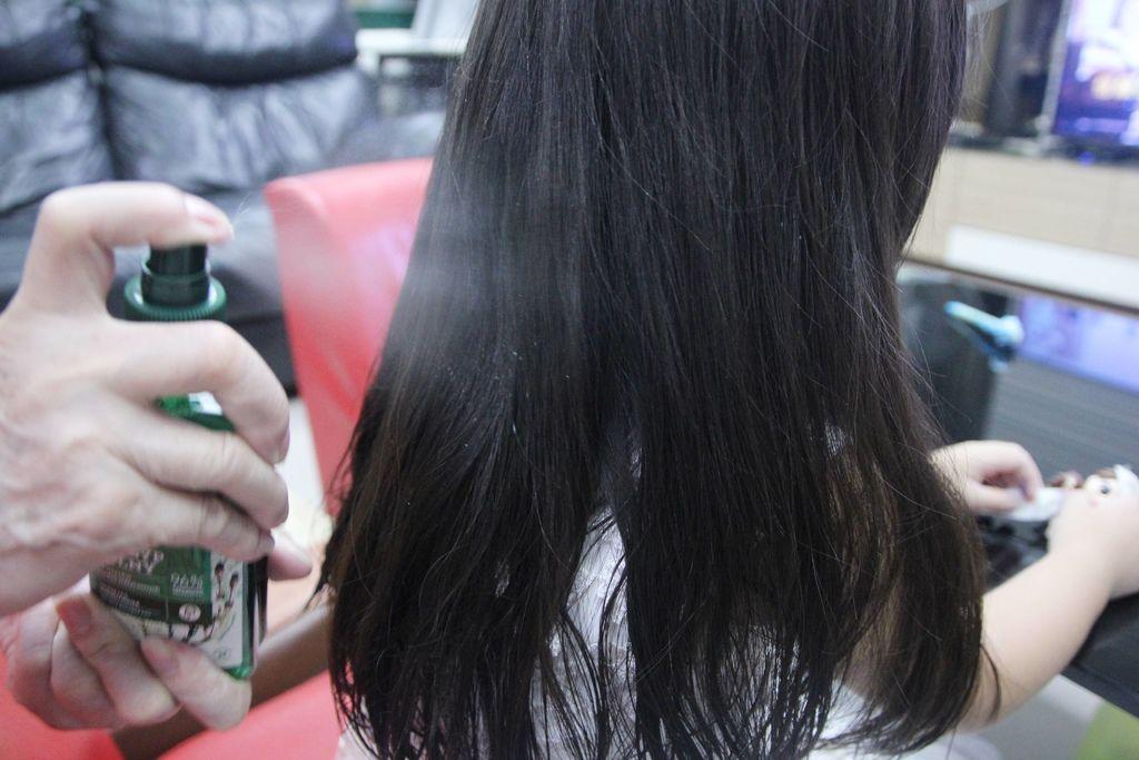 馬尾草滋養植萃修護調理洗髮露15-1.JPG