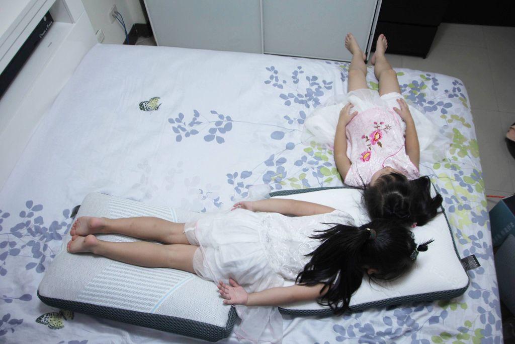 東稻家居純然恆溫呼吸止鼾設計天絲獨立筒枕20.JPG