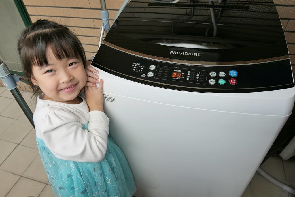 富及第12kg超好取窄身洗衣機19.JPG