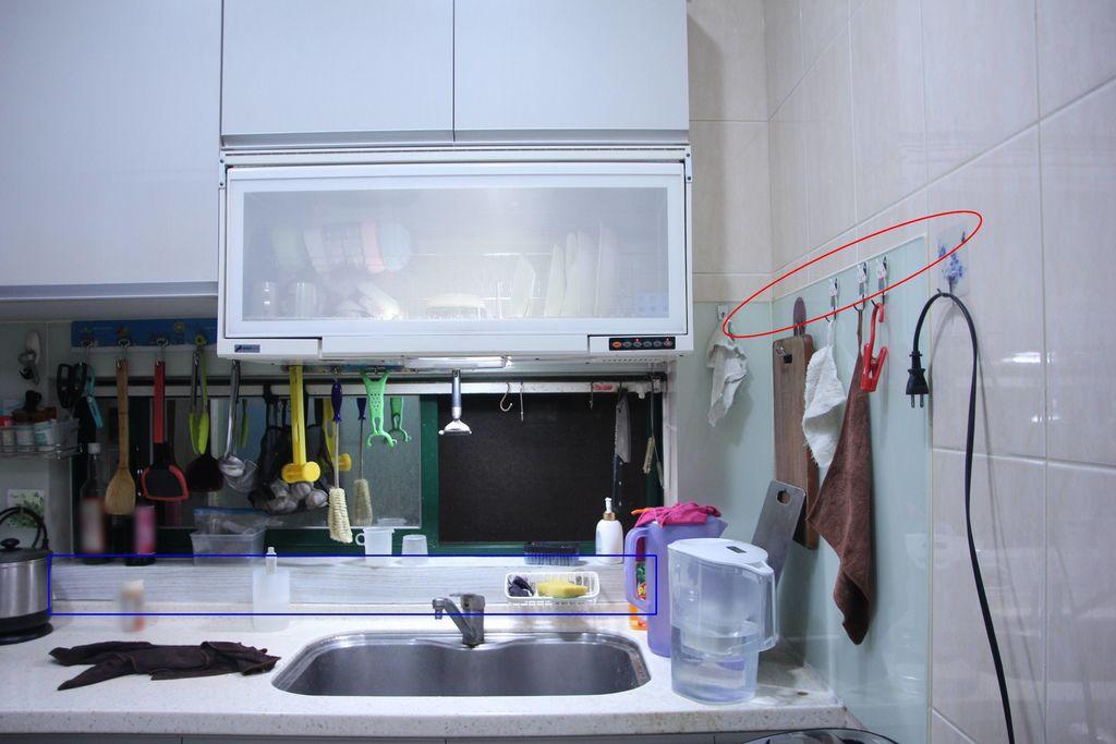 浴室矽利康的除霉清潔18.JPG