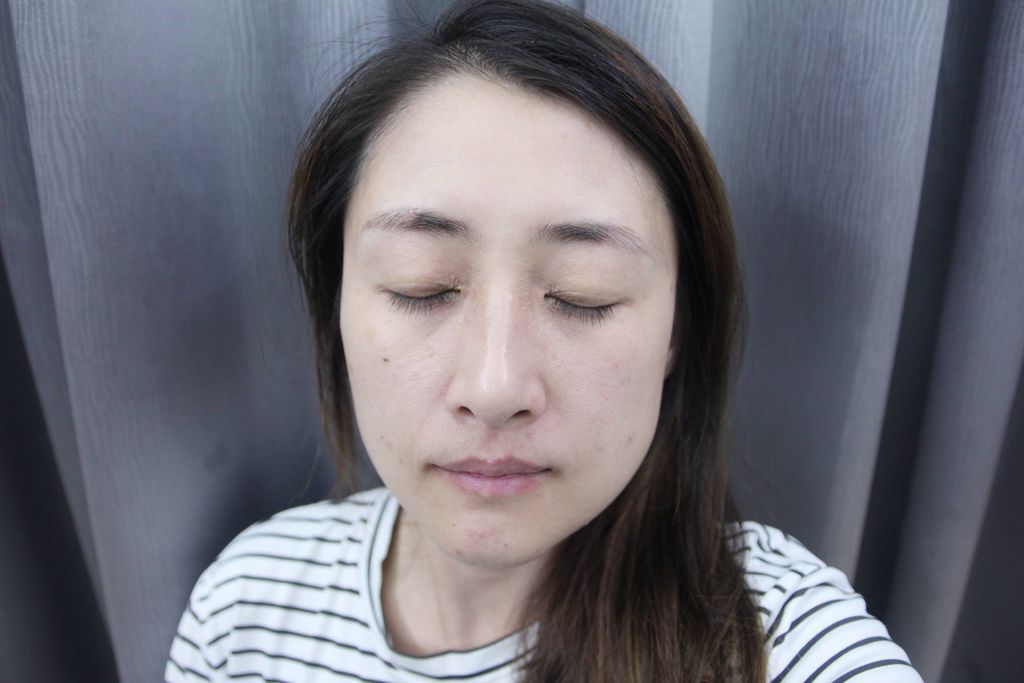 YADAH 8福滋養紅箔面膜8.JPG