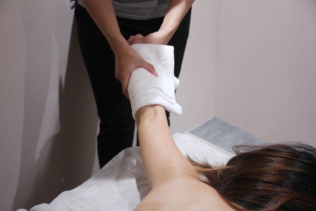 CORNER Massage41.JPG