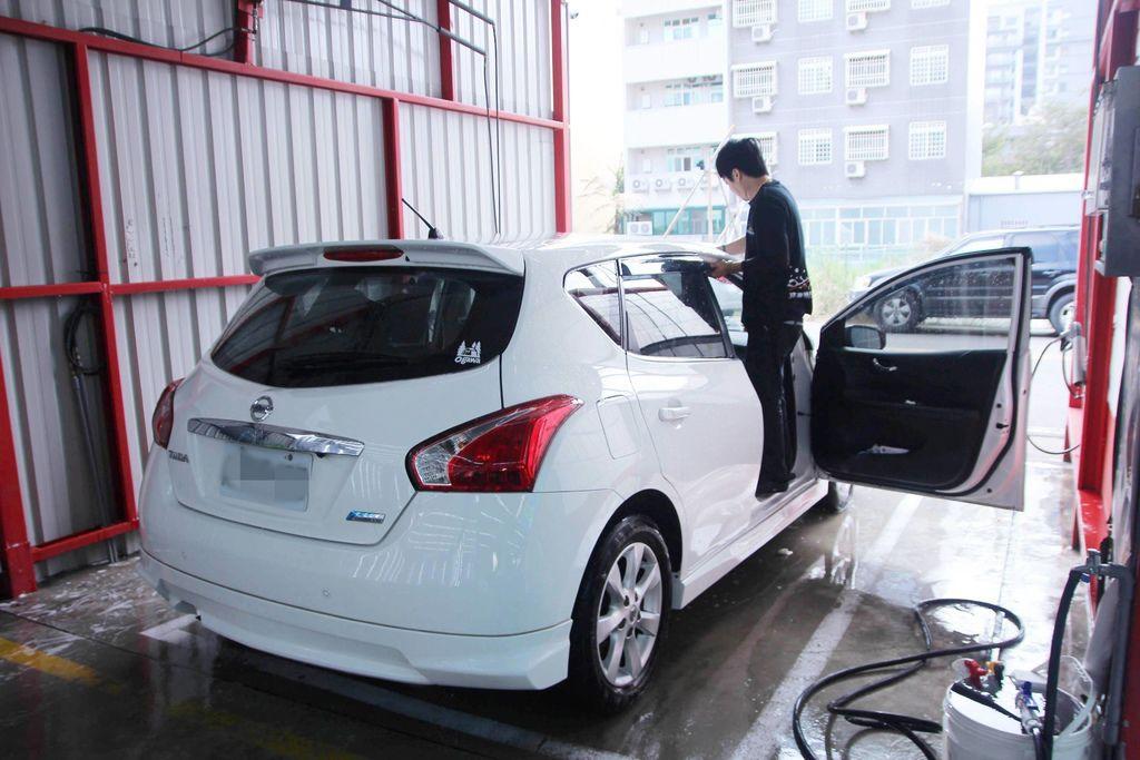 洗來登汽車美容26.JPG