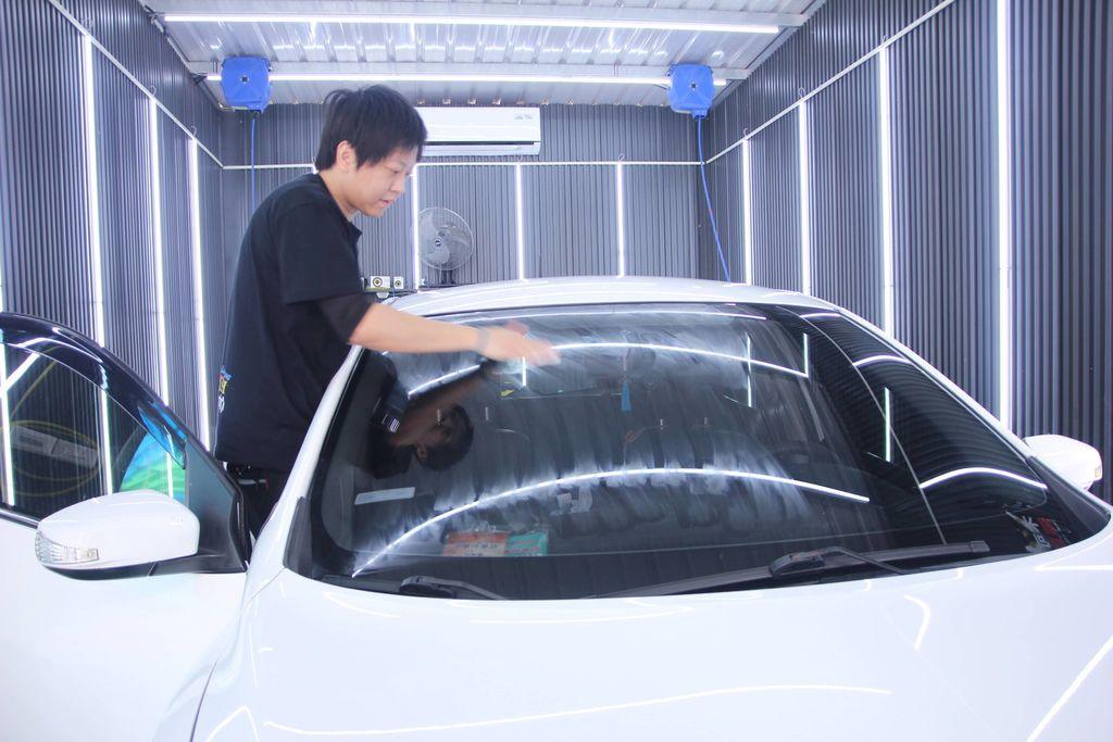 洗來登汽車美容42.JPG